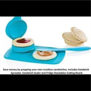 BRAND NEW - Tupperware (green) PBJ sandwich maker